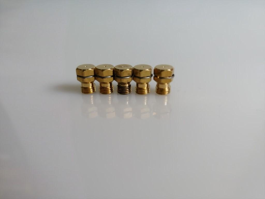 Zanussi 6 6 propán bután fúvóka garnitúra gáztűzhelyhez